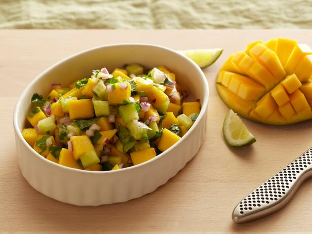 mango salsa this refreshing salsa takes 5 minutes to throw together ...