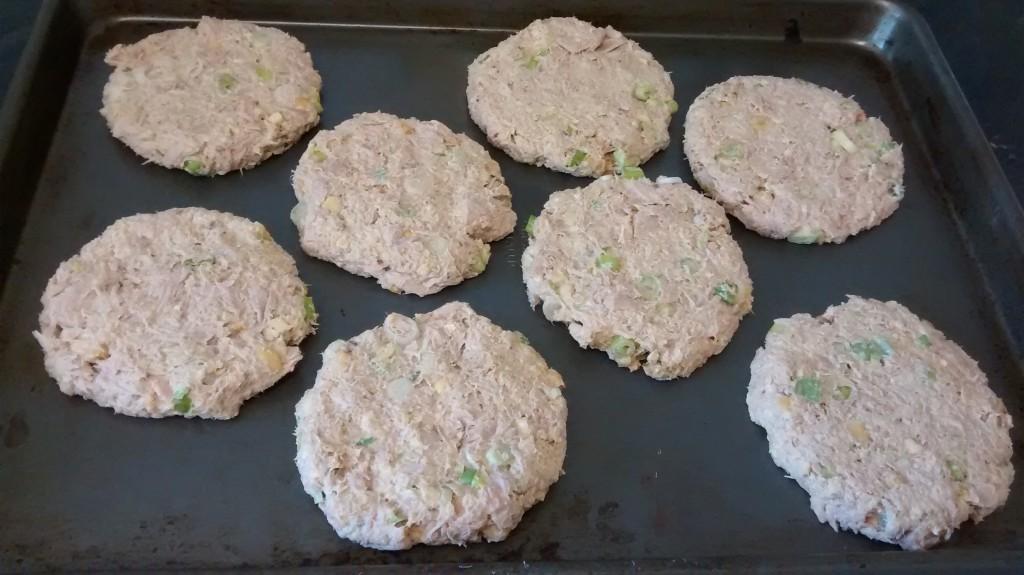 thai peanut tuna burgers